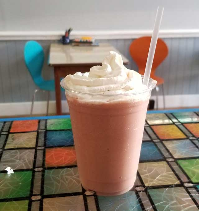 revival cafe smoothie